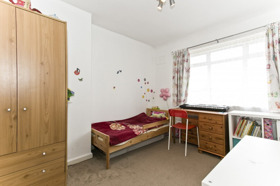 Images for Beaconsfield Road, Mottingham EAID:0443ec770e62b2b0fbb395e1826a939f BID:1