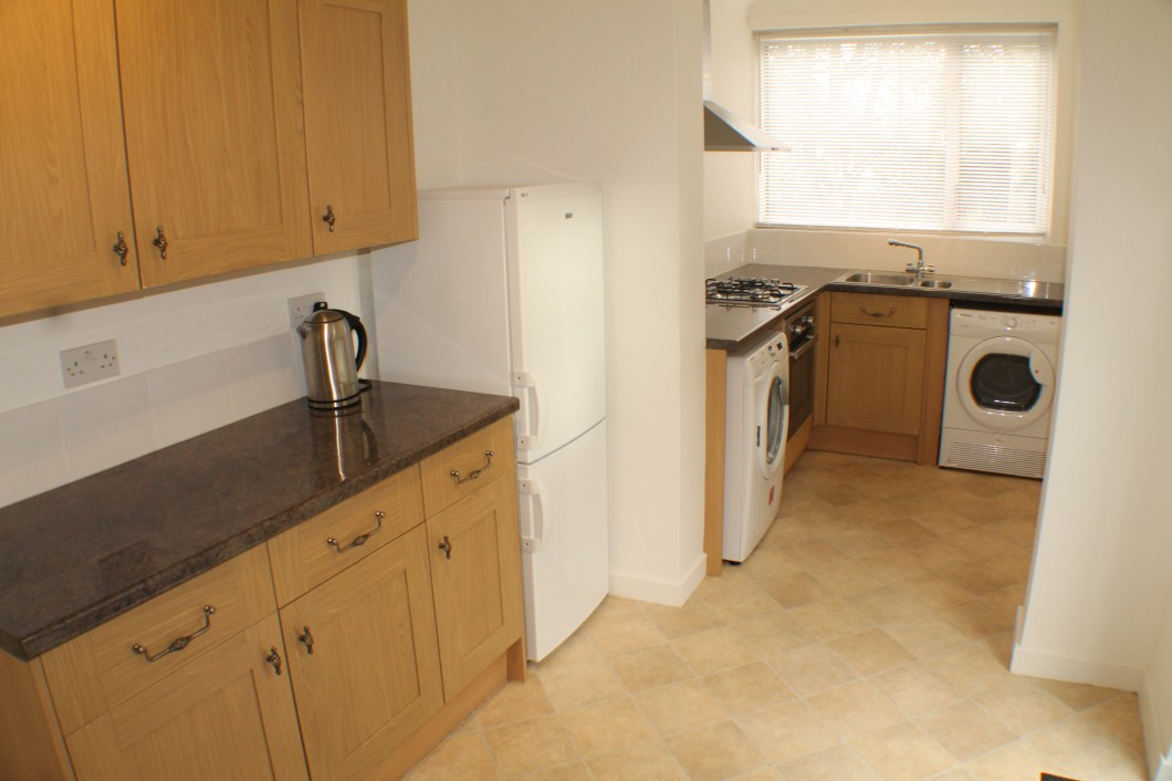Images for Highcombe Close, Mottingham, London SE9 EAID:0443ec770e62b2b0fbb395e1826a939f BID:2