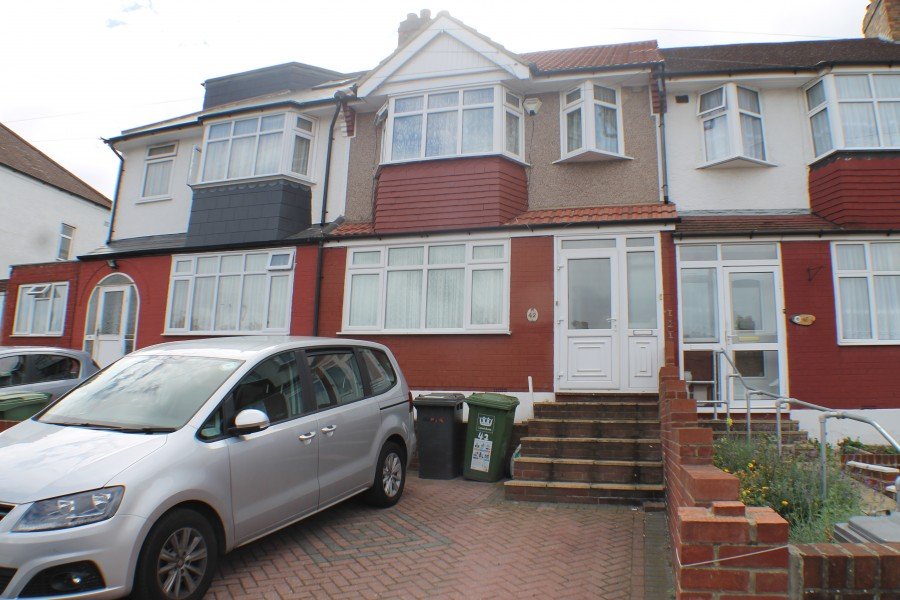 Images for Clayhill Crescent, Mottingham EAID:0443ec770e62b2b0fbb395e1826a939f BID:1