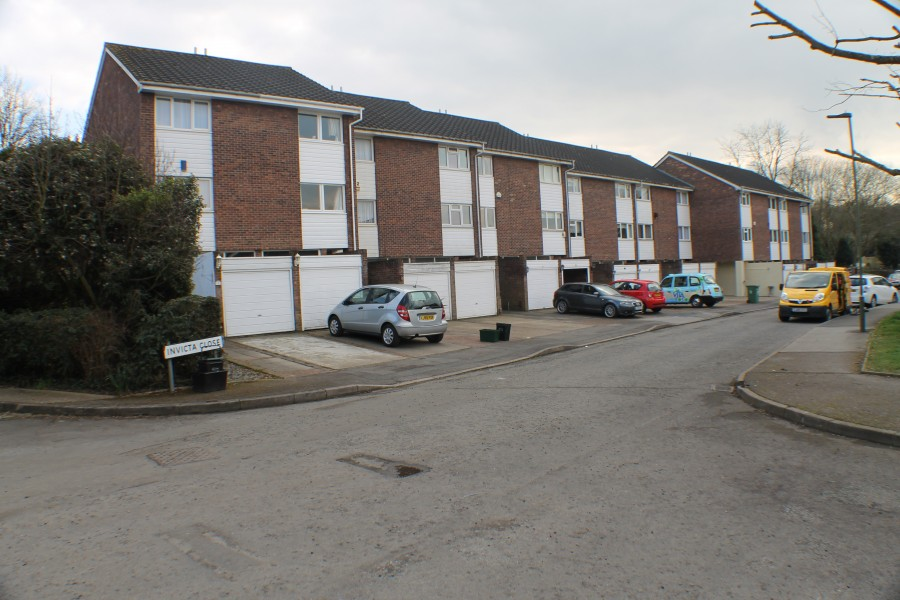 Images for Invicta Close, Chislehurst, Kent EAID:0443ec770e62b2b0fbb395e1826a939f BID:1