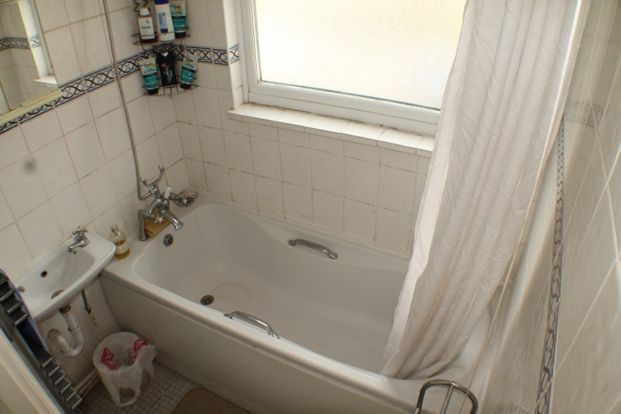 Images for Clarence Road, Mottingham EAID:0443ec770e62b2b0fbb395e1826a939f BID:1