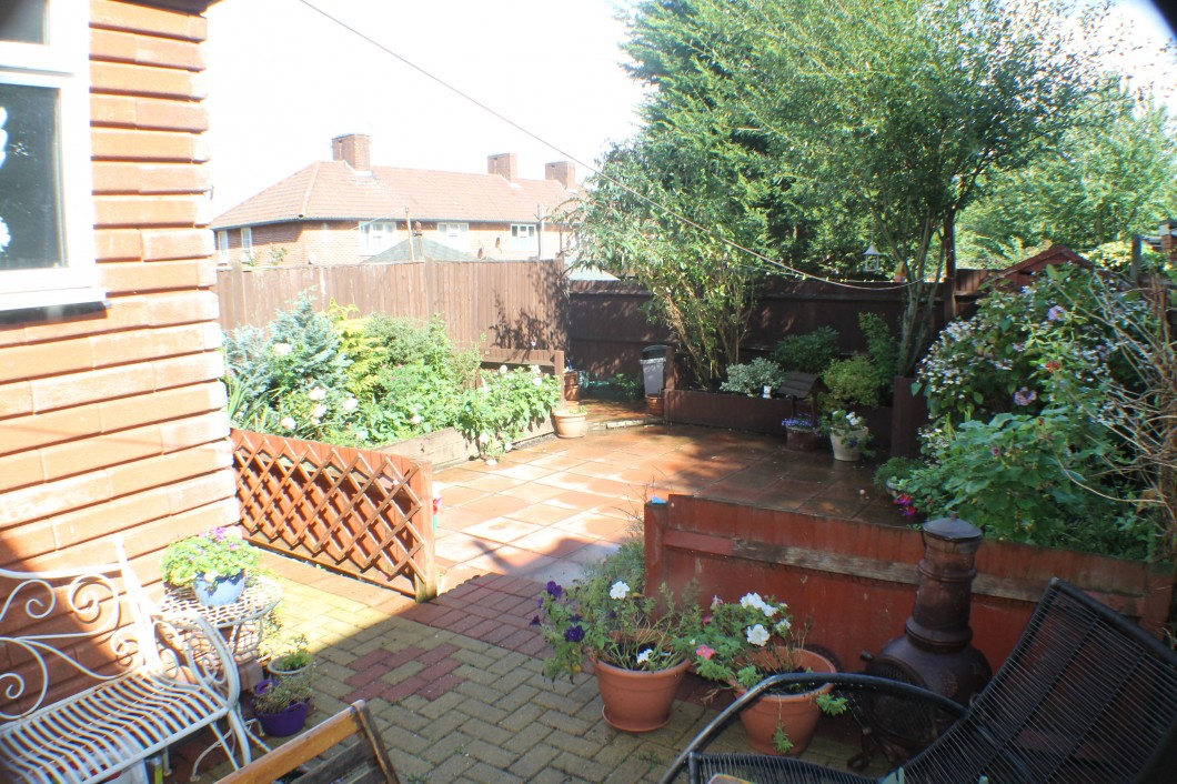 Images for Court Farm Road, Mottingham EAID:0443ec770e62b2b0fbb395e1826a939f BID:1
