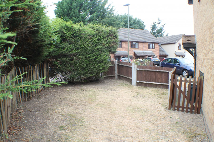Images for Ravenscroft Crescent, Mottingham EAID:0443ec770e62b2b0fbb395e1826a939f BID:1